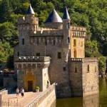 château, loire, rhône, alpes, histoire, camping, maclas, Les châteaux de la Loire, hébergement, location, tente, caravane, mobile home,