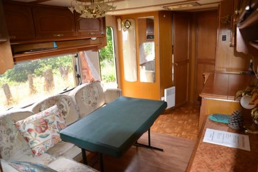 table caravane vintage 24